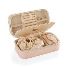 Travel Jewelry Box, Small Jewelry Box, Pink Jewelry, Jewelry Accessories, Diy Jewelry Case, Jewellery Box, Leather Jewelry Box, Princess Cut Engagement Rings, Mom Birthday Gift