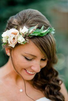 Side-swept curls, peach and cream flower crown, leafy headband // Dawn Derbyshire Photography