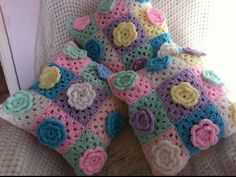 Crochet flower cushions by patchwork and lace
