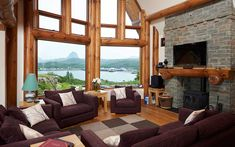 Located in Lochinver, this prestigious self-catering log-cabin lodge offers peaceful accommodation with stunning views.