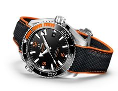 Omega Seamaster Planet Ocean 43.5 mm Automatic introducing a new uni-directional rotating diving bezel where, for the first time, rubber has been blended with ceramic