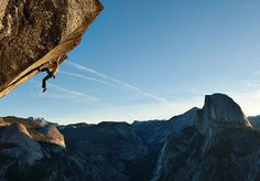 With no rope to save him from a fall, daredevil climber Dean Potter free solos a route called Heaven on Glacier Point in Yosemite National Park, California. Half Dome appears in the distance. Photograph by Mikey Schaefer, National Geographic Jimmy Chin, National Geographic Adventure, National Geographic Photos, Yosemite National Park, National Parks, Yosemite Climbing, Trekking, Solo Climbing, Glacier Point