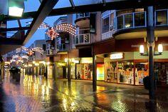 Week 1: Stadshart in de avond na een regenbui  Foto: Jan Sekuur