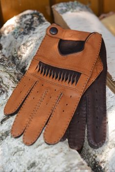 Car gloves for a bold look!#genuine leather gloves #women's gloves #buy gloves #driving gloves #fashion #gift #gift idea #luxury #style #glamour #health #protection #Golf gloves Leather Gloves, Lambskin Leather, Leather Men, Leather Suppliers, Women's Gloves, Gloves Fashion, Driving Gloves, Men's Accessories, Italian Leather