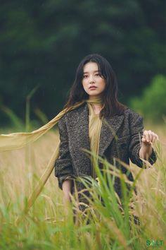Kim Ji Won, Beautiful Actresses, Korean Drama, Glamour, Couple Photos, Notes, Couple Shots, Report Cards, Drama Korea