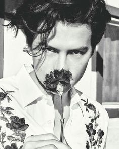 """meninvogue: """"Cole Sprouse photographed by Ellen von Unwerth for The Laterals Magazine """" Dylan Y Cole, Cole Sprouse Wallpaper, Cole Spouse, Zack Y Cody, Cole Sprouse Jughead, Riverdale Cole Sprouse, Bughead Riverdale, Dylan Sprouse, Big Sean"""