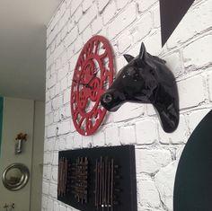 Caballo decorativo en cerámica negro de Zutopía Paint By Numbers, Art, Animal Sculptures, Spaces, Toss Pillows, Black, Paintings