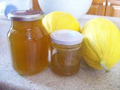 """Marmellata di muluni. Presente per tutta la stagione estiva ma disponibile anche in inverno, il melone giallo (detto anche """"melone d'inverno""""), è ricco di vitamina A e C, racchiuse in un massimo di 40 calorie per 100 grammi."""