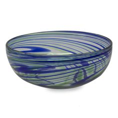 Streams+of+emerald+green+and+cobalt+blue+bring+elegant+energy+to+a+salad+bowl+by+Mexico's+Javier+and+Efren.+This+glass+salad+bowl+is+handcrafted+with+millenary+blown+glass+techniques.