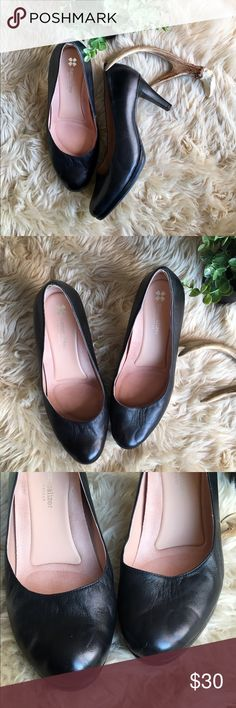 Naturalizer Black Pump Heels Black Leather Naturalizer Michelle Heels. Comfortable contoured footbed. Pre-owned. Show some wear. Bundle 3 or more items and save 15%! Naturalizer Shoes Heels