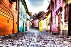 All the practical info to move to Sighisoara by bus. Cool Pictures, Cool Photos, Solar Panel Charger, Snoring Remedies, Keep Fit, Easy Food To Make, Public Service, Detox Drinks, Places To Visit