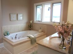 staging a master bathroom amazing bathroom staging tips bathroom home staging ideas large size master bathroom staging ideas Bathroom Staging, Houzz Bathroom, Master Bathroom, Bathroom Ideas, Home Staging Tips, Sell Your House Fast, Beige Walls, Bathroom Colors, Inspired Homes
