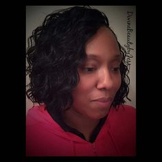 """Top 100 crochet braids hairstyles photos Crochet braids using """"Cozy Deep"""" by Freetress. Hair cut into a bob...perfect summer hair! #crochetbraids #crochethair #crochetbob #boblife #crochetaddict #crochetbraidshairstyles #natutalhair #protectivestyle #protectivestyles #protectivestyling #freetress #cozydeep #freetresscozydeep #knotlesscrochet #knotlessmethod #brooklyncrochetbraids..."""