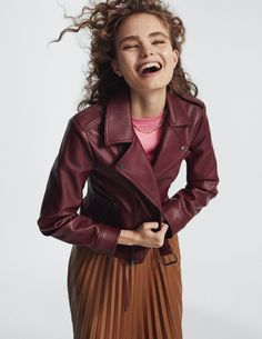 Xavi Gordo Artist Management) captures a fashion editorial for ELLE Italy's February issue. Starring model Anna Mila Guyenz, a spread called 'A… Leather And Lace, Leather Jacket, Anna, Mario Sorrenti, Topshop Unique, Img Models, Leather Pieces, Poses, Zadig And Voltaire