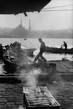 Henri Cartier Bresson- İstanbul Galata 1964