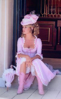 Brigitte Bardot by Tony Grylla Bridgitte Bardot, Vintage Hollywood, Classic Hollywood, Hollywood Cinema, Beautiful People, Beautiful Women, Actrices Hollywood, French Actress, Vintage Glamour