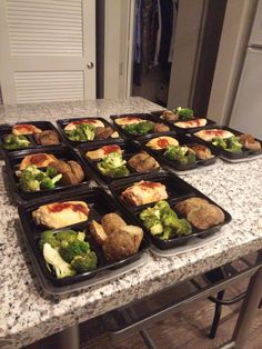 Pretty simple overall but proud of my first attempted prep #mealprepping #OneSimpleChange #mealprep #healthy #mealplanning #healthyliving #food #weightloss #sunday