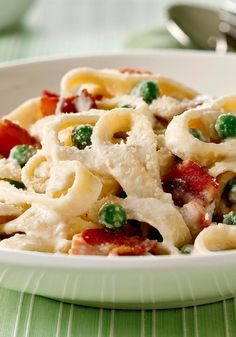 Quick Pasta Carbonara – Cream cheese is the shortcut to making this classic Italian sauce. Bacon gives it added flavor. Just 20 minutes to fix makes it a perfect dish for busy nights.