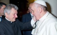 ricca-pope-francis_2622725k