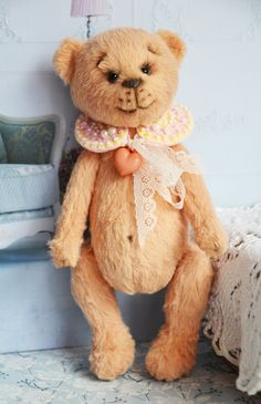 https://www.etsy.com/listing/462734442/teddy-bear-ooak-pearl?ref=shop_home_active_36