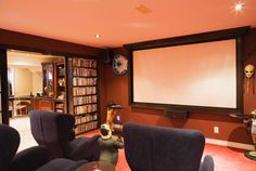 Small entertainment room design home entertainment room design discover ide At Home Movie Theater, Best Home Theater, Home Theater Setup, Home Theater Rooms, Home Theater Seating, Home Theater Design, Cinema Room, Home Entertainment, Monitor