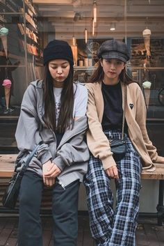 Find BlackPink Clothes, KPOP Sweaters & KPOP Cardigans for an affordable price Blackpink Outfits, Kpop Fashion Outfits, Hipster Outfits, Blackpink Fashion, Korean Outfits, Asian Fashion, Casual Outfits, Fashion Looks, Korean Airport Fashion