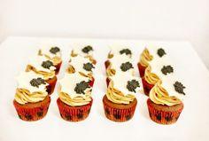 Cupcakes | Golden Dot Oreo Cupcakes, Mini Cupcakes, Halloween, Fotografia, Spooky Halloween