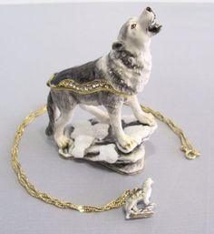 New Trinket Box Gift Crystals Moonlighting Wolf Animal Necklace