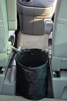 equipment - VW / California camping accessories – waste system Best Picture For car fast For Your Tas - Vw T5 California, California Camping, Volkswagen Transporter, Transporteur Volkswagen, Vw T5 Camper, Vw Bus Camping, Camping Box, Camping With Kids, Camping Table