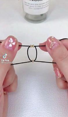 Handmade Wire Jewelry, Diy Crafts Jewelry, Bracelet Crafts, Diy Friendship Bracelets Patterns, Diy Bracelets Easy, Handmade Bracelets, Beaded Jewelry Patterns, Homemade Jewelry, Diy Schmuck