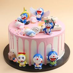 Buy and send Bunch of Doraemon and Nobita Cake online from OnlineDelivery. Place Order for Doraemon and Nobita Cake with free home delivery in any city of India Cartoon Birthday Cake, Make Birthday Cake, Special Birthday Cakes, Doraemon Cake, Doraemon Cartoon, Chocolate Cream Cake, Happy Anniversary Cakes, Birthday Cake Delivery, Emoji Cake