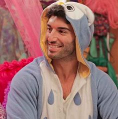 The actor is even stunning while wearing a onesie. Can We All Take A Moment And Recognize The Beauty That Is Justin Baldoni? Rafael Solano, Jane And Rafael, Tommy Hilfiger Bikini, Justin Baldoni, Netflix, Gina Rodriguez, Jane The Virgin, Delena, Celebrity Couples