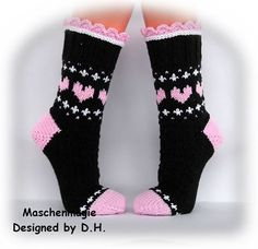 (5) Facebook Knitting Wool, Knitting Stitches, Knitting Socks, Hand Knitting, Crochet Shoes, Knit Crochet, Fair Isle Knitting Patterns, Wool Socks, Colorful Socks