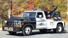 1978 Ford F350 w/Holmes 440, Waffco had the sister unit to this , just not in police colors.