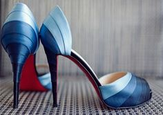 Blog OMG I'm ENgaged - Sapatos Apparel azuis. Blue wedding shoes.