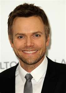 so funny and cute! Joel Mchale, Elton John Aids Foundation, West Hollywood, Music Awards, Yahoo Images, Actors, People, Funny, Inspiration