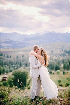 Ryan Flynn Photography #brideandgroom #weddingvenue http://www.weddingchicks.com/2014/02/03/dream-moments-wedding/