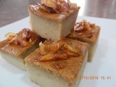 READ DESCRIPTION Today my mom is going to show you how to make Taro Custard Recipe (Tang Trou). Taro Recipes, Custard Recipes, No Bake Desserts, Dessert Recipes, Thai Dessert, Malaysian Food, Asian Desserts, French Toast, Cheesecake