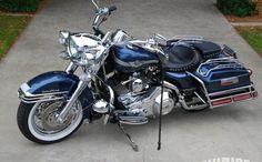 Encontre este Pin e muitos outros na pasta Harley davidson road king bagger - Motorrad - Motos Harley Davidson Road King, Harley Davidson Scrambler, Harley Davidson Custom Bike, Harley Davidson Chopper, Harley Davidson Street Glide, Harley Davidson News, Davidson Bike, Road King Classic, West Coast Choppers