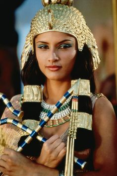 Cleopatra (tv serie 1999) with Leonor Varela as Cleopatra