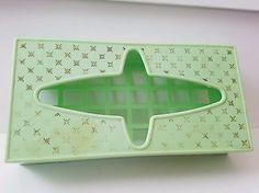 Mid Century Modern Plastic Atomic Green Tissue Kleenex Box Holder Vintage Kitsch