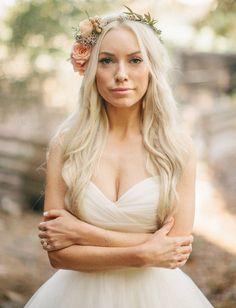 california barn bride such a pretty wedding http://greenweddingshoes.com/romantic-california-barn-wedding-dianna-brian/
