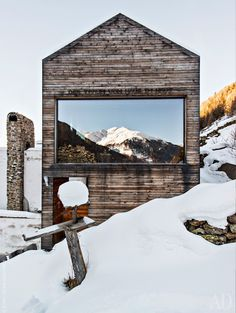 A clever reconstruction of a mountain home nestled in the South Tyrol mountains by sculptor and furniture designer Otmar Prenner.   Tiny Homes
