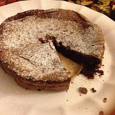 Saturday #Baking #flourlesschocolatecake #yummy !!!   by noopurthakur1