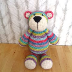 Bekijk dit items in mijn Etsy shop https://www.etsy.com/listing/265193542/crochet-bear-bram-beer-stip-en-haak