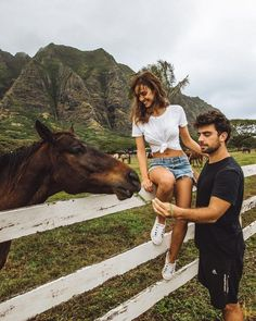 Relationship Goals Pictures, Couple Relationship, Cute Relationships, Cute Couples Goals, Couple Goals, Couple Photography, Photography Poses, Friend Photography, Maternity Photography