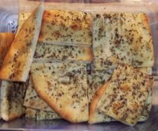 Recipe Herb Bread (Pizza) by learn to make this recipe easily in your kitchen machine and discover other Thermomix recipes in Baking - savoury. Herb Bread, Bread Pizza, Recipe Community, Bread Rolls, 4 Ingredients, Tray Bakes, Cooking Recipes, Herbs, Thermomix