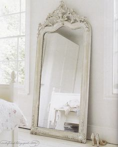 9 Marvelous Tips: Shabby Chic Curtains Chandeliers shabby chic mirror decor. Shabby Chic Spiegel, Shabby Chic Mirror, Shabby Chic Decor, White Mirror, Mirror Mirror, Floor Mirrors, Big Mirrors, Ornate Mirror, Giant Mirror
