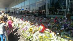 MH 17 so many flowers at the Schiphol- Airport