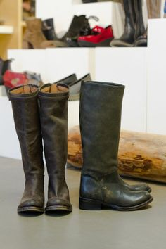 Want these boots.. Weathered black leatherrrr